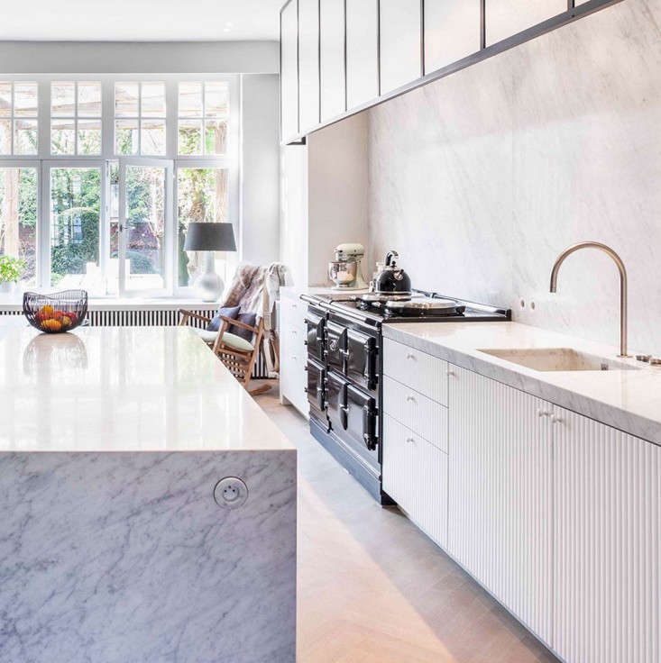 Trend Alert: 8 Integrated Marble Kitchen Sinks