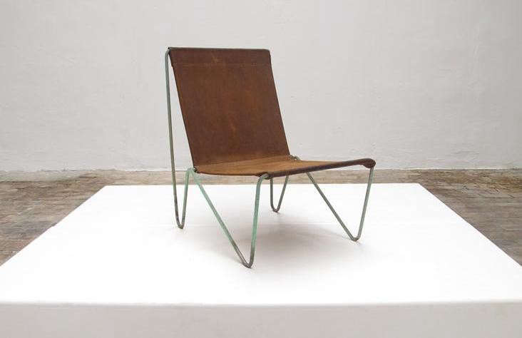 Gentil 5 Favorites: Modern Leather Sling Chairs