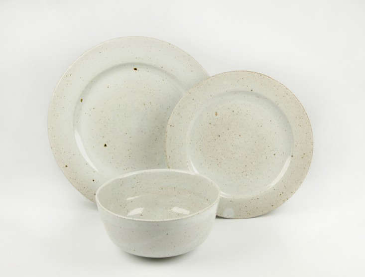 peter-sheldon-dinner-set.jpg & 10 Easy Pieces: Handmade Dinnerware from Ceramics Studios - Remodelista