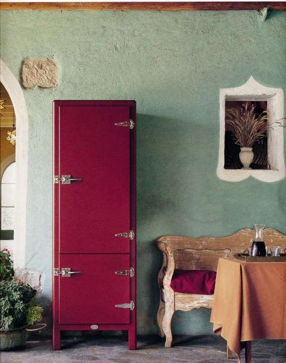 Trend Alert: 13 Kitchens with Colorful Refrigerators
