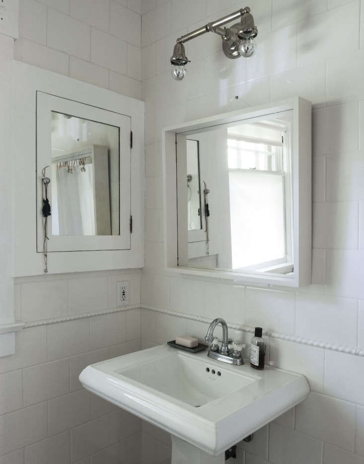 Bathroom Lighting Tips Advice expert advice: 10 tips for transforming a rental bath - remodelista