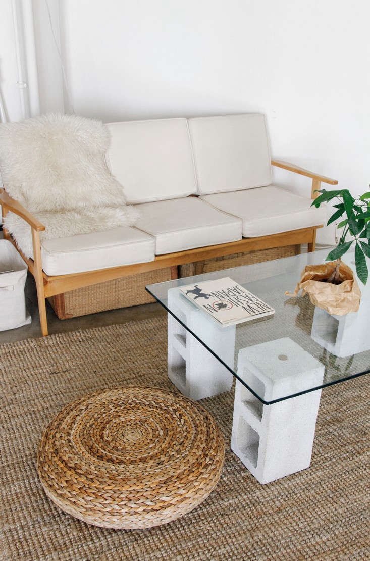 Delightful DIY: $100 Glass And Concrete Coffee Table