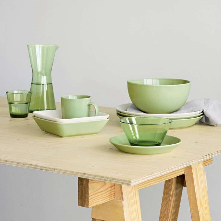 The Mini Serving Set (see Shades of Gray The New Finnish Basics) consists of a triangle square and circle and is available for $50 at Fjorn. & Object Lessons: Kaj Franck\u0027s Teema Dinnerware - Remodelista
