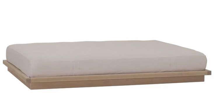 10 Easy Pieces: Wood Platform Bed Frames - Remodelista