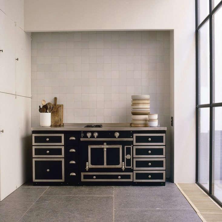 Van Til Design Meubels.20 Questions Julianne Moore And Vincent Van Duysen Talk Design