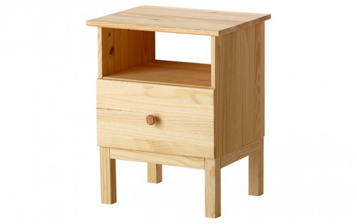 10 Easy Pieces: Modern Wood Bedside Tables