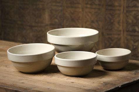 Americana General Stoneware Mixing Bowl