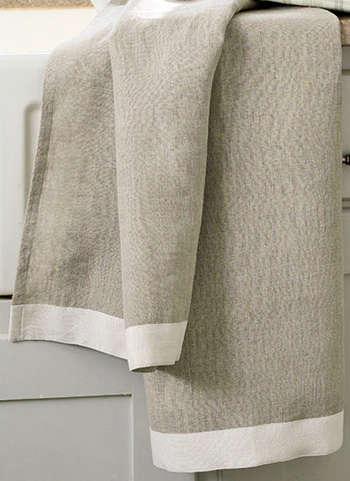 Fabrics & Linens: Linen Tea Towel - Remodelista