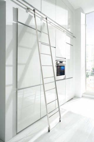Quattro Sliding Ladder