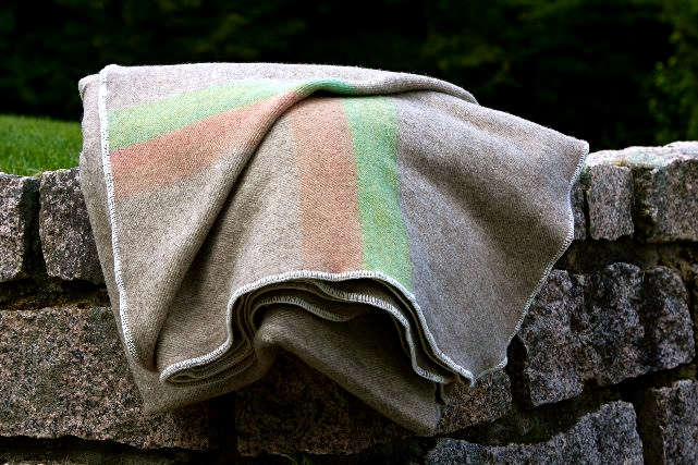 how to get blood out of a wool blanket