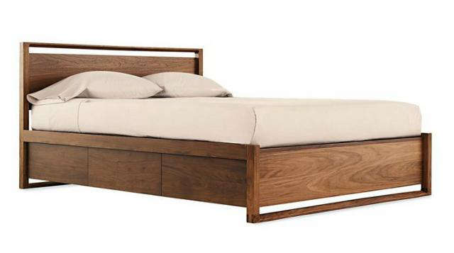 10 easy pieces essential wooden beds remodelista for Simple wooden bed designs pictures