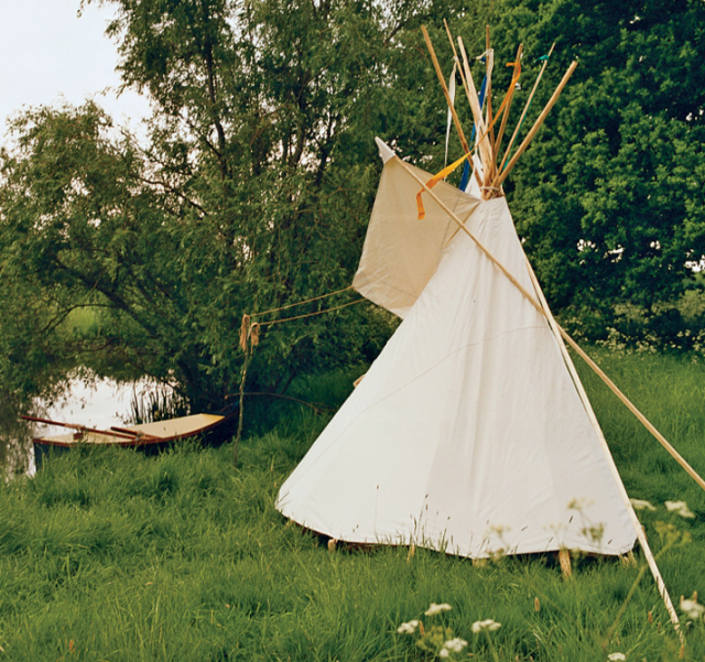 Teepees for toddlers remodelista for Reliable tipi