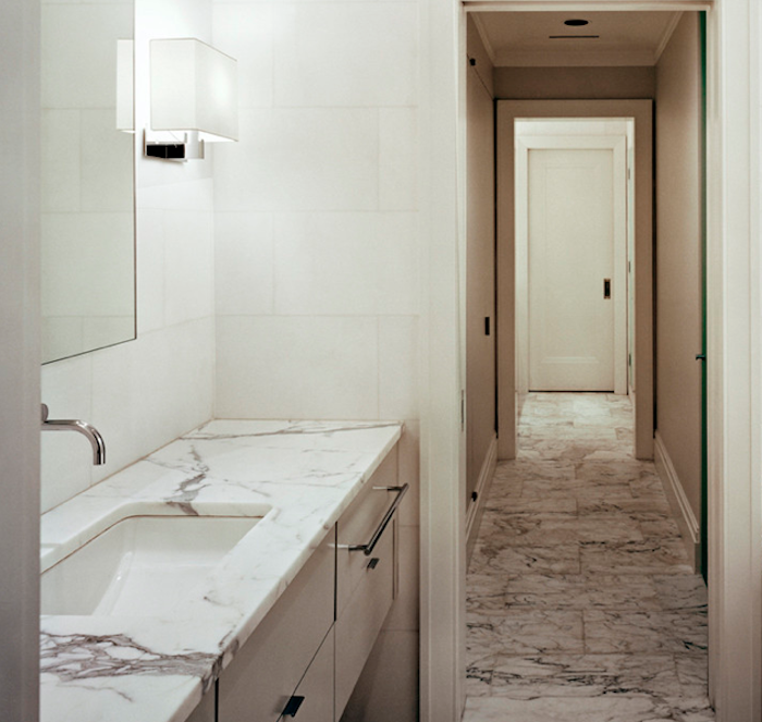 10 Favorites: Marble Baths from the Remodelista Architect/Designer Directory