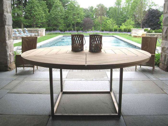 Above Munder Skiles Collection Of Custom Garden Furniture Includes 145 Graceful Designs In Both Wood And Metal Styles That Range From Historical To