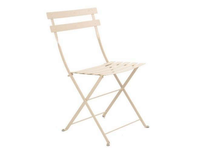 Superbe Above: Constructed Of Powder Coated Steel, A Folding Bistro Chair From  Fermob Is The Classic Paris Chair And Is Available In 14 Colors, Including  White, ...