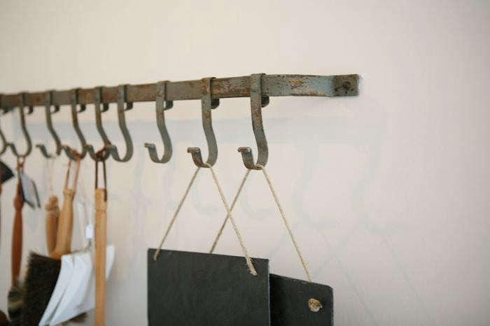 10 Easy Pieces: Sturdy Mudroom Hooks