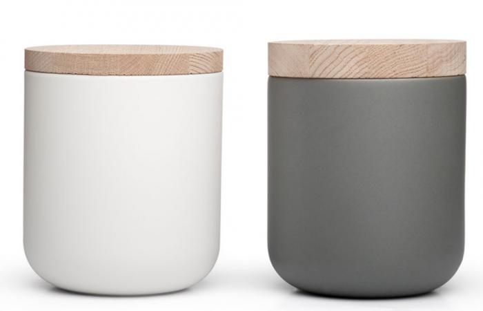 Ordinaire Above: Vincent Van Duysenu0027s Ceramic Pot White (L) With 2 Centimeter Lid  U20ac154 And Pot Cool Gray (R) With 3 Centimeter Lid U20ac157 (R) From Design  Object Shop.