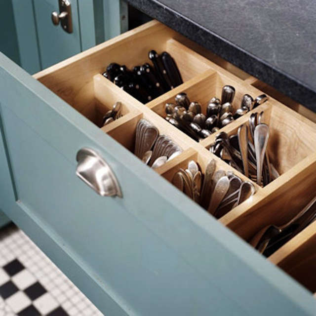 Above: A Deep Drawer With Built In Vertical Cutlery Storage; Photo Via  Better Homes U0026 Gardens, First Spotted On AT.