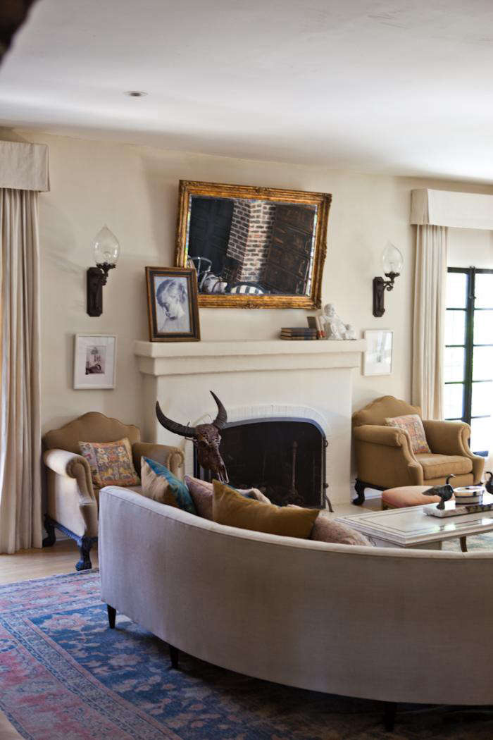 la woman at home with hollywoods style guru - Stanley Home Designs