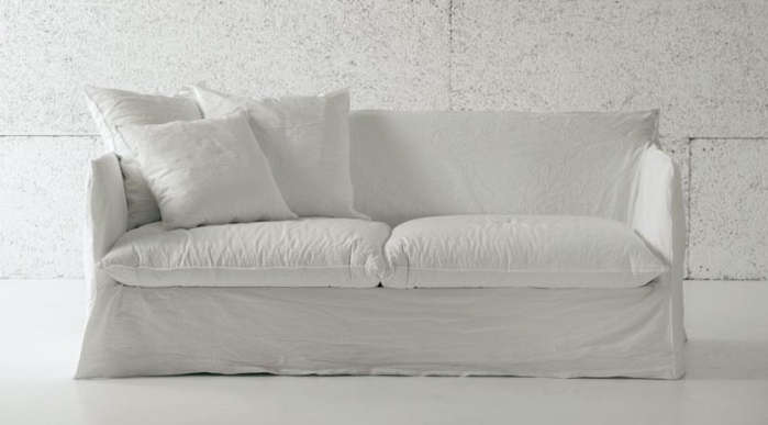 Attirant 10 Easy Pieces: The Perfect White Sofa