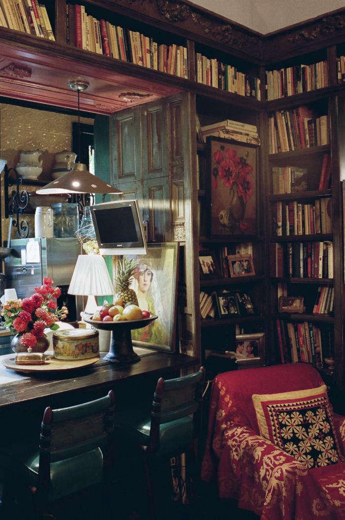 Furniture Village Jemima Sofa a designer's haunt in greenwich village - remodelista