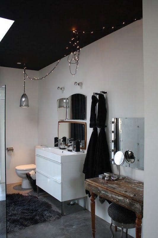 Five quick fixes remodeling tips for the bath remodelista for Fast bathroom remodel