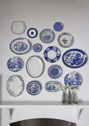Above An arrangement of mismatched Blue Willow plates via Black u0026 Spiro design in Australia. & Accessories: Plates as Wall Decor - Remodelista