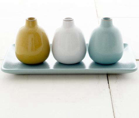 Tabletop Summer Bud Vases From Heath Ceramics Remodelista