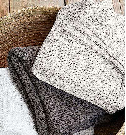 Accessories: High/Low Cotton Throw