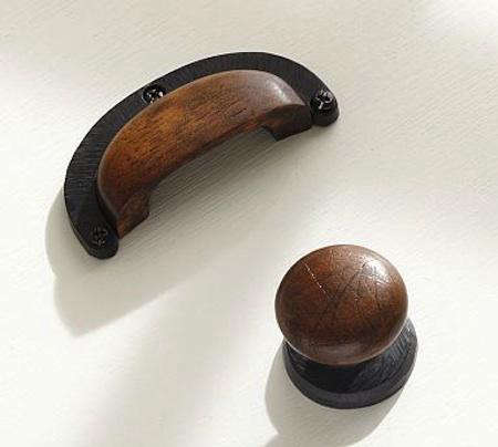 Etonnant Above: A Set Of Four 3.5 Inch Wide Wood And Iron Horseshoe Pulls Is $24 And  A Set Of Four 1.5 Inch Diameter Wood And Iron Knobs (available For  Pre Order To ...