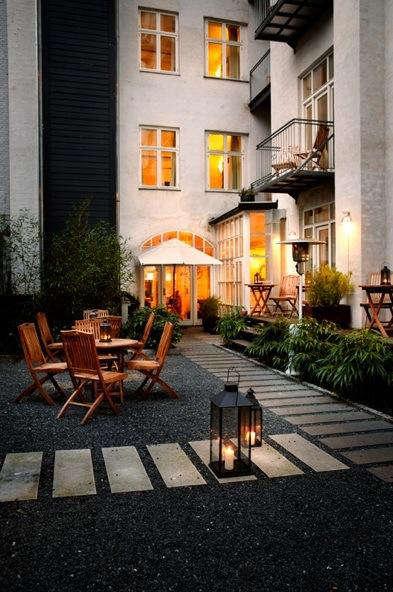 Hotels lodging bertrams hotel guldsmeden in copenhagen for Cabin hotel copenhagen