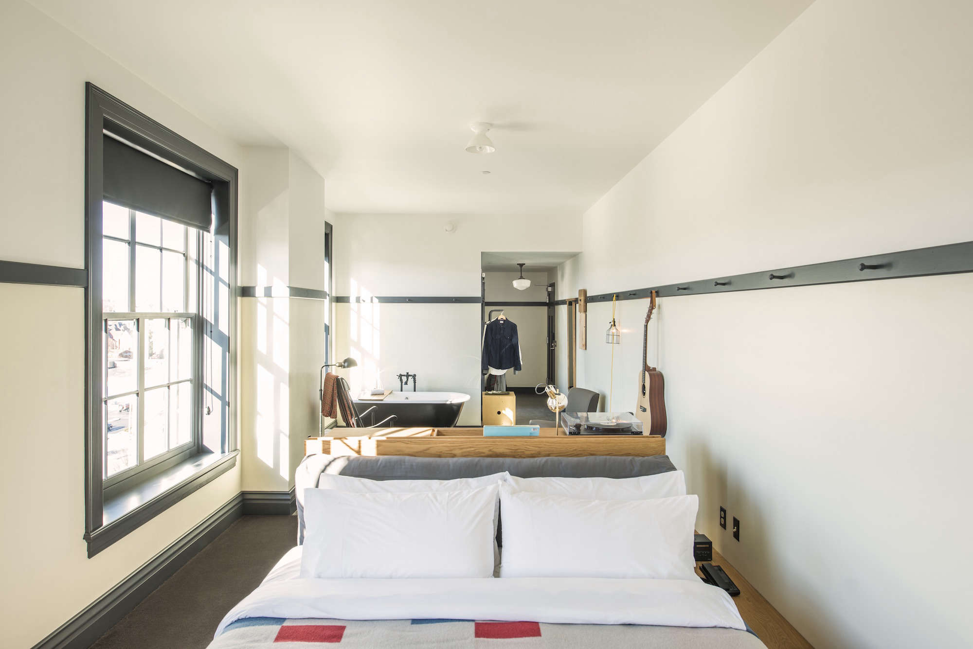 Steal This Look: A Bedroom Suite at the New Ace Hotel ...