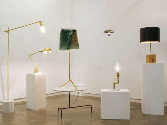 Hito Home Brass Kneeling Lamp
