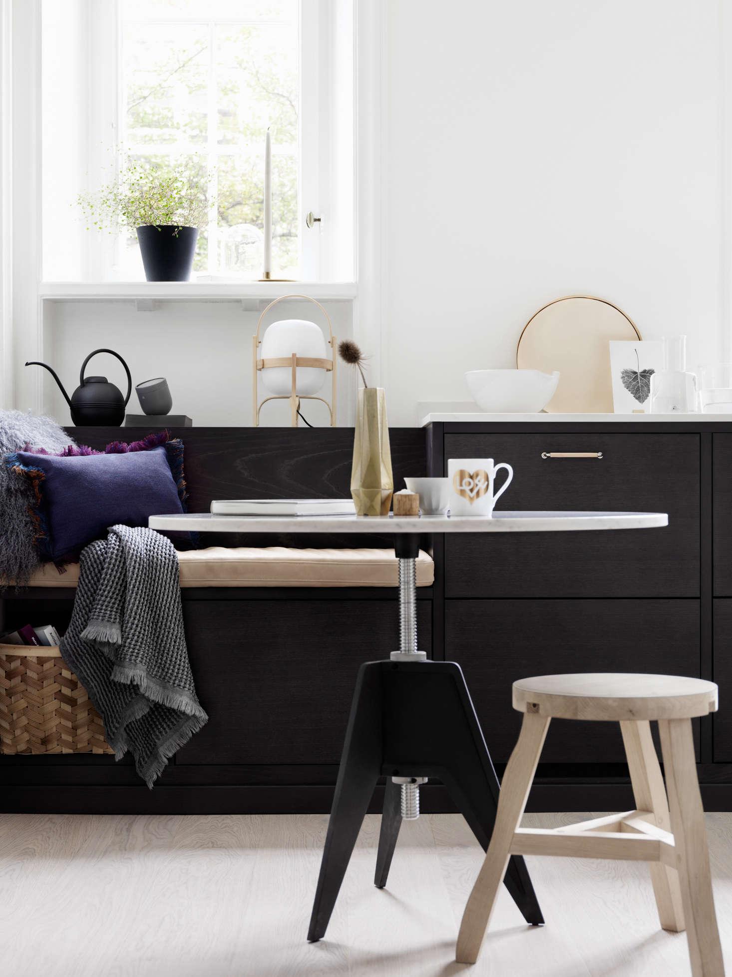 Bistro-kitchen-in-ash-brown-by-Ballingslov-of-Sweden-Remodelista-8