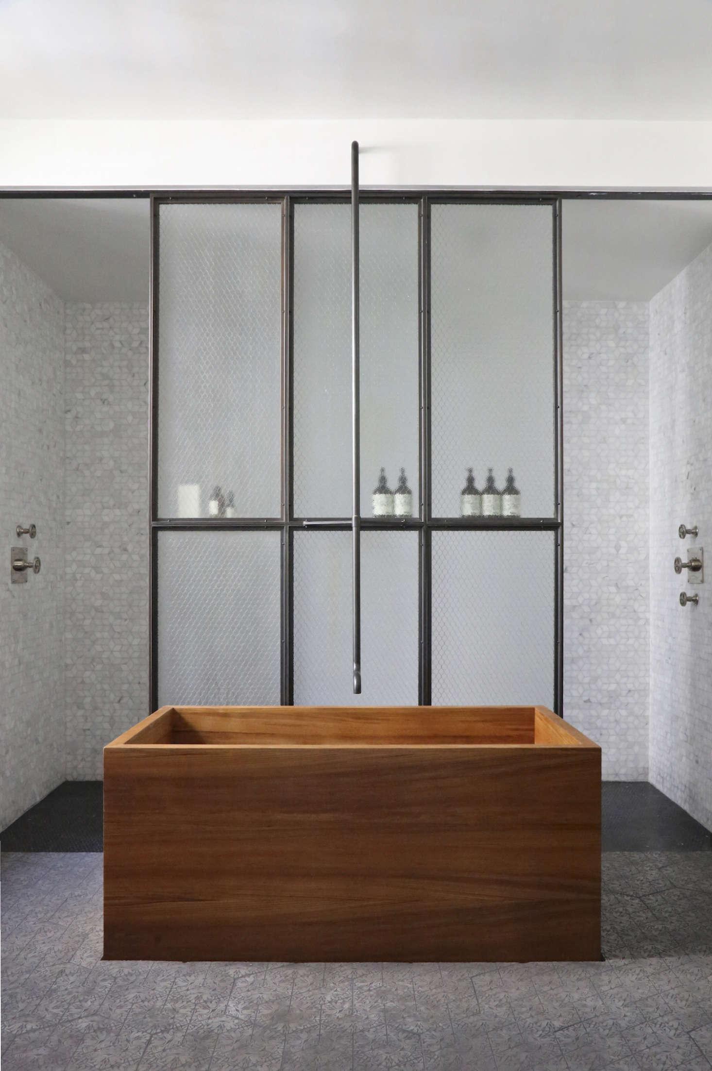 Union-Studio-New-York-Loft-bathroom-Remodelista