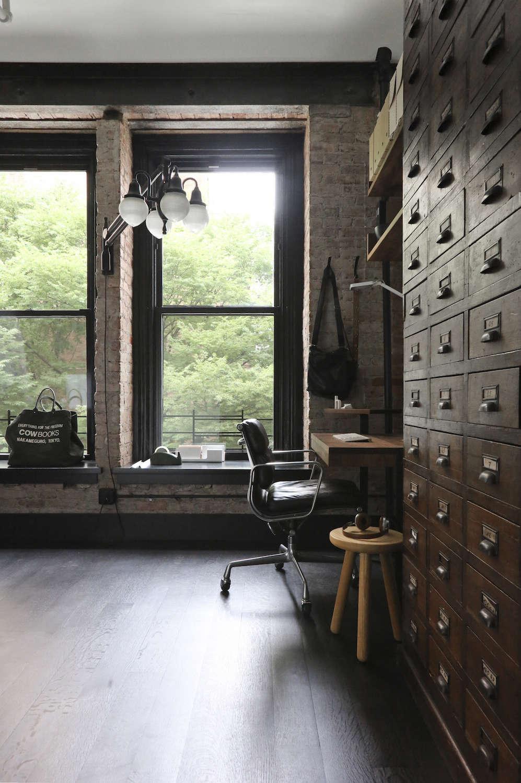 Union-Studio-New-York-Loft-bedroom-office-Remodelista