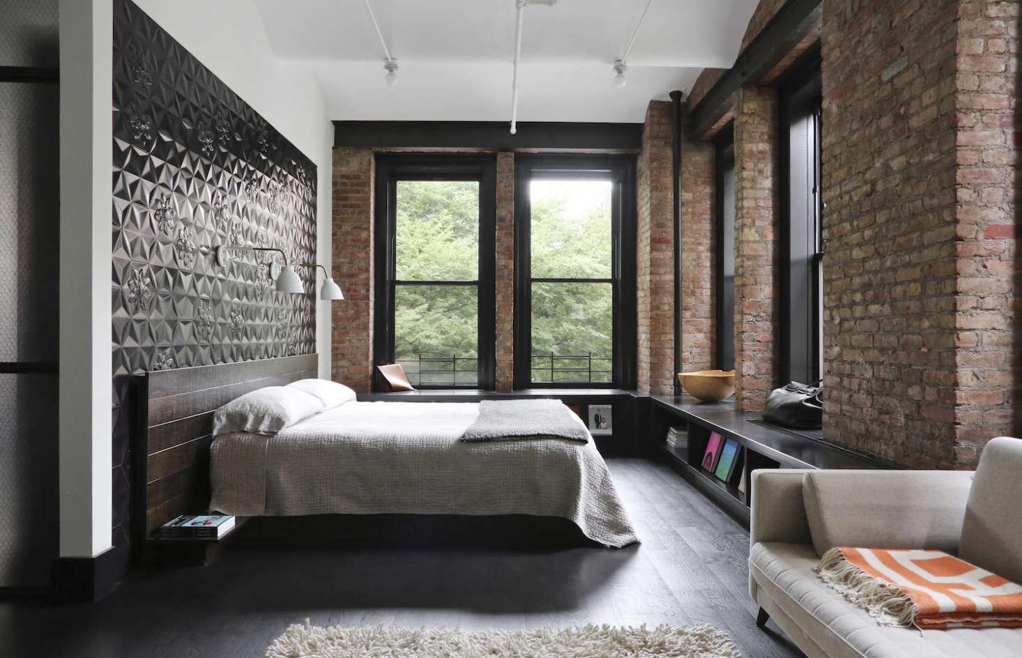 Union-Studio-New-York-Loft-master-bedroom-Remodelista