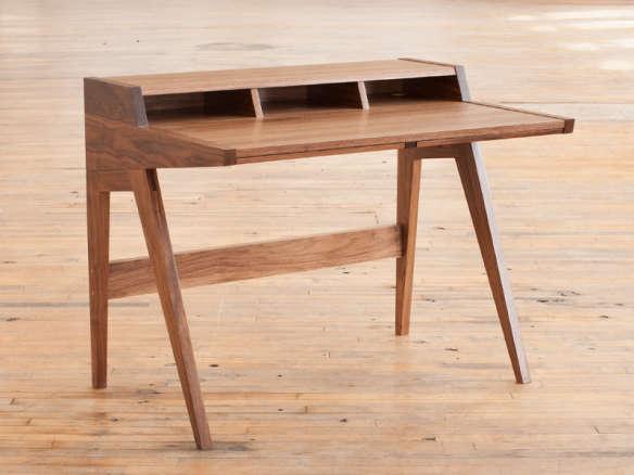 10 Easy Pieces Hardworking Desks Remodelista