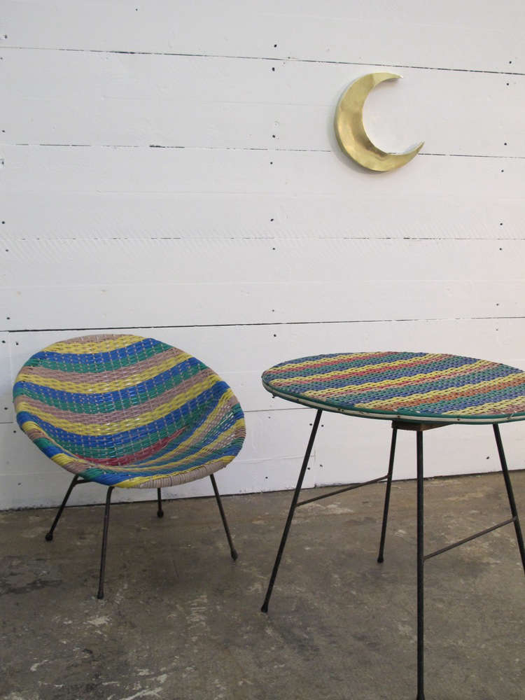 Trend alert 5 modern hoop chairs remodelista - Table jardin moderne dijon ...