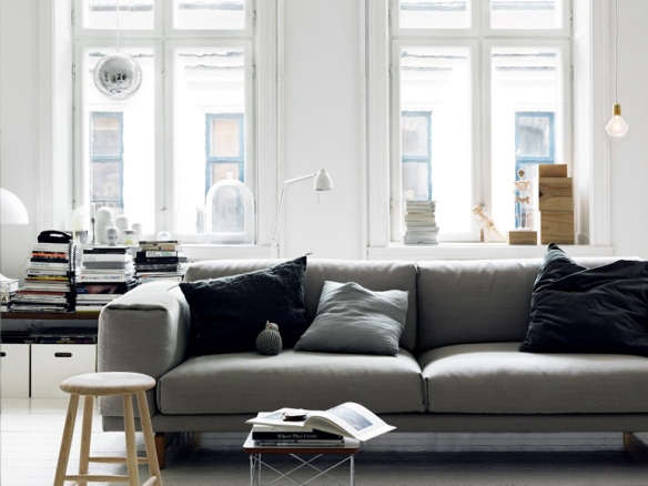 muuto rest sofa rest sofa 3 seater by muuto in the thesofa. Black Bedroom Furniture Sets. Home Design Ideas