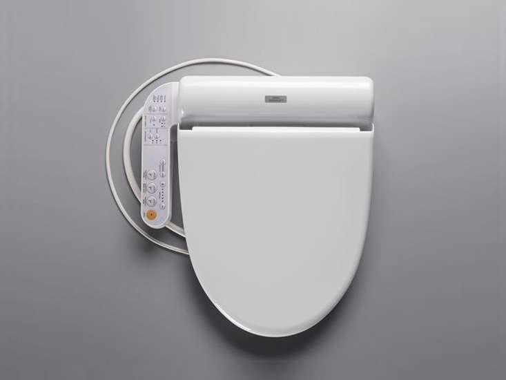 Toto Japanese Toilet Seat. toto washlet seat remodelista Trend Alert  8 Techno Toilets Remodelista