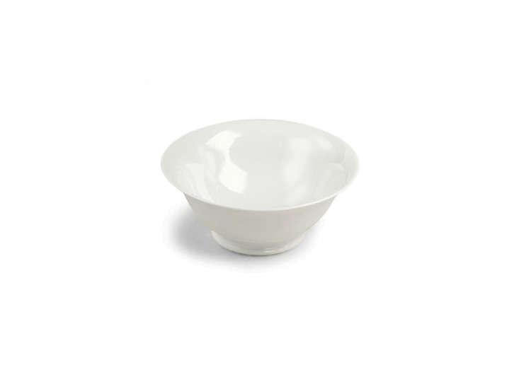 tulip-white-serving-bowl-remodelista