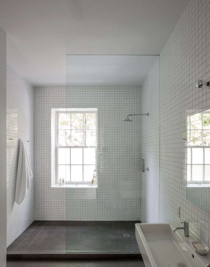 48 Favorites White Bathrooms From The Remodelista Designer Beauteous Bathroom Remodeling Brooklyn