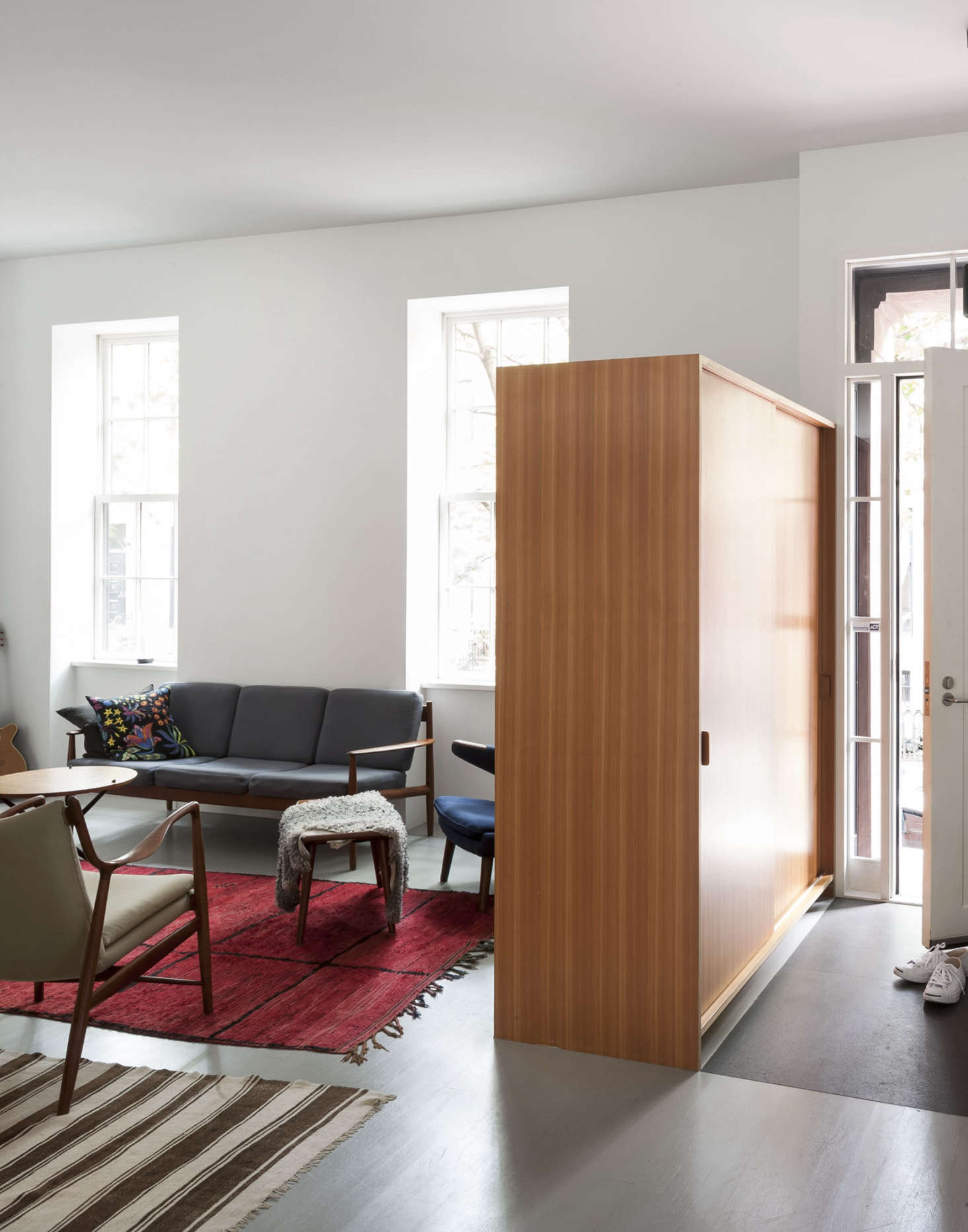Small-Space Ideas to Steal: 7 Clever Twists on Room Dividers