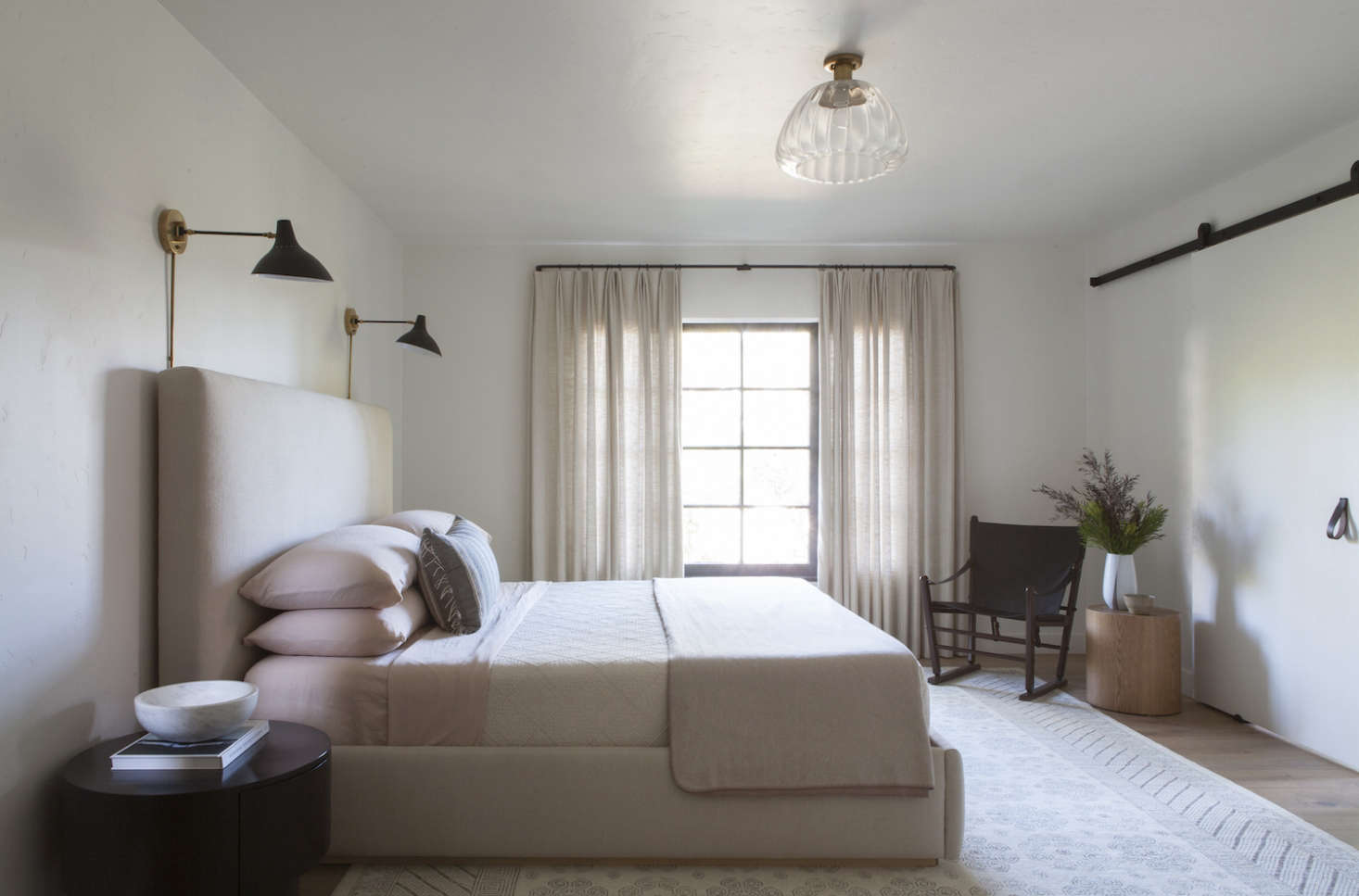 Disc-Interiors-Silver-Lake-Home-Master-Bedroom-Remodelista