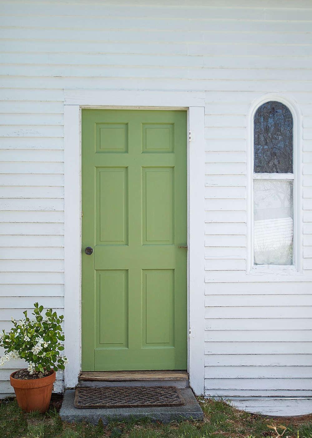Door in Yeabridge Green from Farrow \u0026 Ball   Remodelista & A Spring Green Door with Farrow \u0026 Ball Paint - Remodelista
