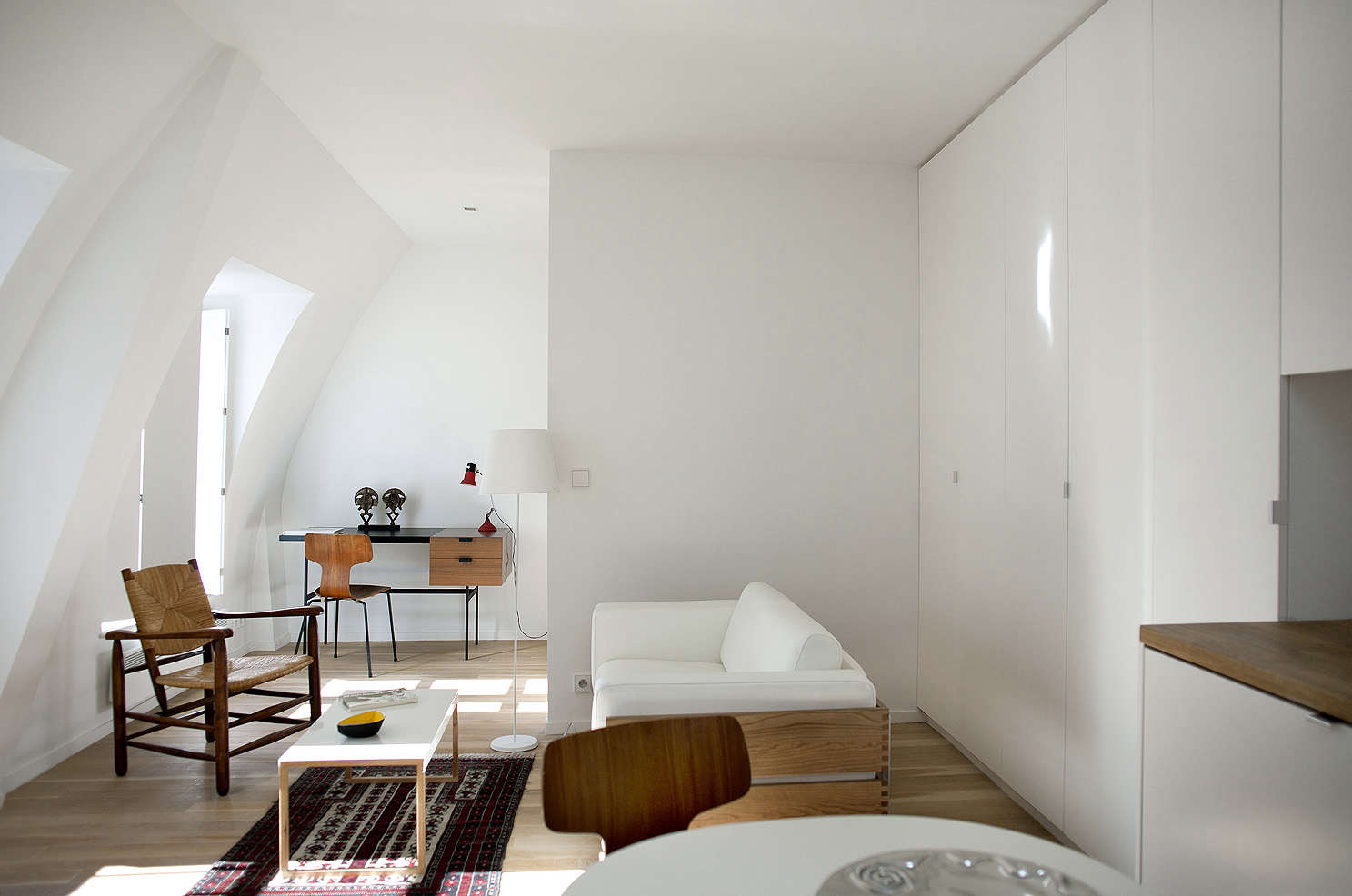 The Perfect Two-Room Paris Pied-à-Terre, Ikea Kitchen Included ...