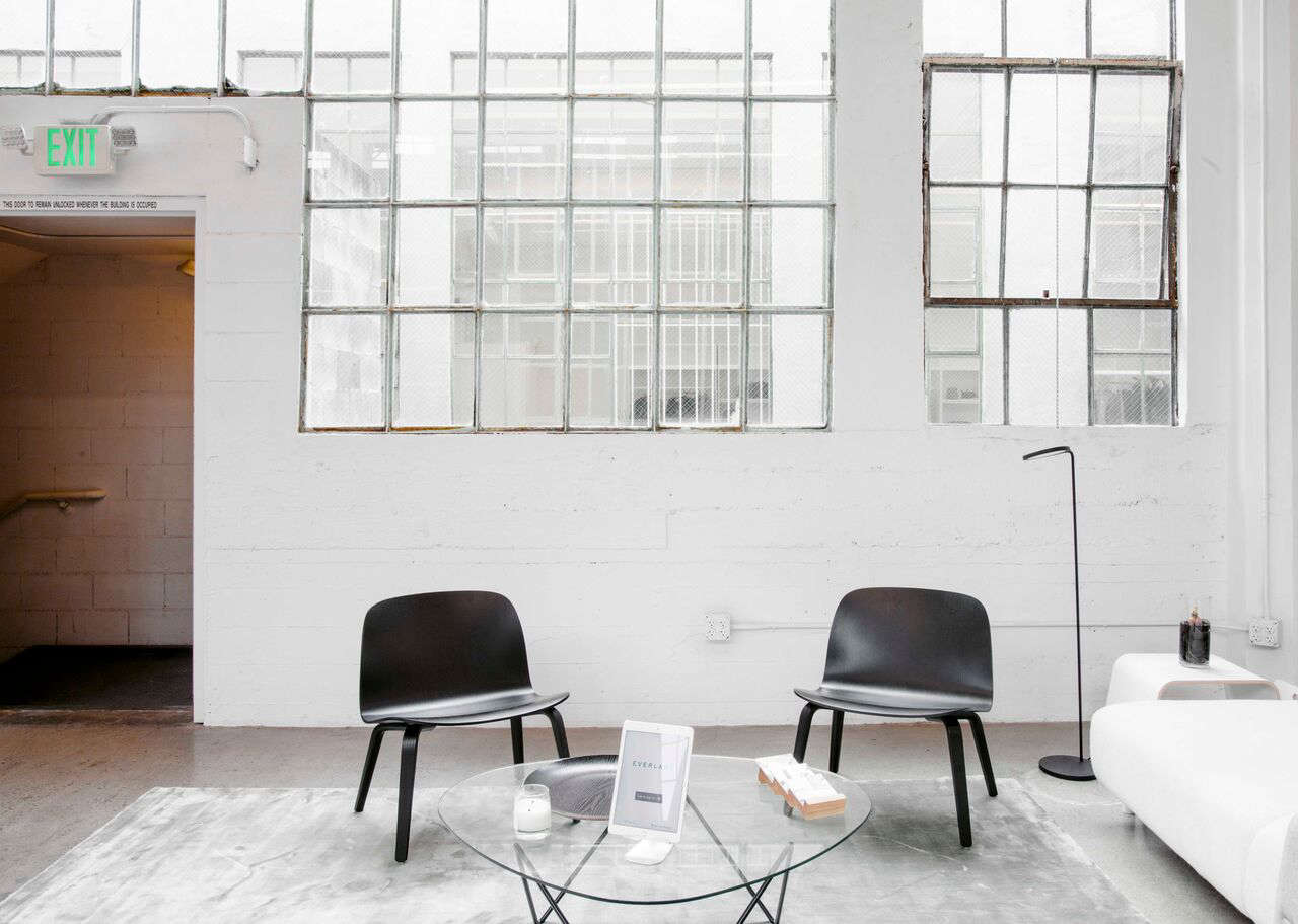 Scandinavian Chairs In Everlaneu0027s Lofty White Office In SF, Carlos  Chavarría Photo | Remodelista