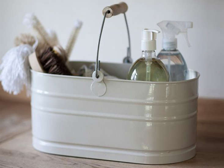 An enamel Utility Bucket to carry all your wares: £