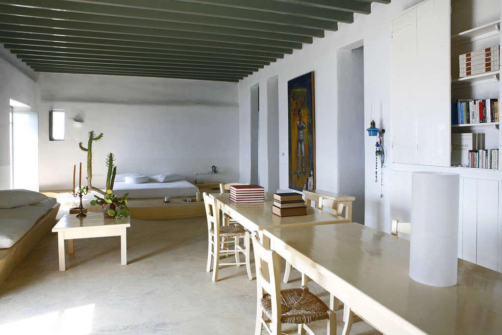 villa-honora-mykonos-greece-remodelista-3